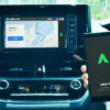 地図も自動で最新に。LINEの無料カーナビアプリがトヨタの新型「カローラ」の車載器か